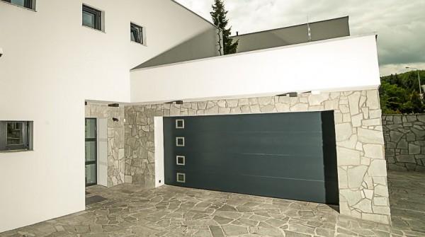 sekční garážová vrata_kružík