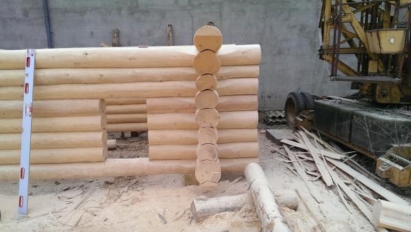 log-house-263724_960_720