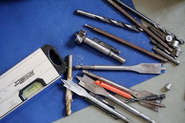 tools-569108_960_720
