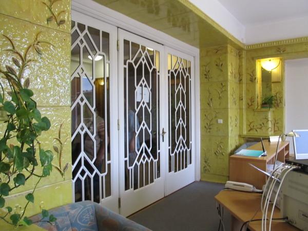 Detail_interiéru_-_dveře