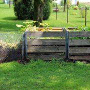 Kompostéry – pomocníci na zahradě