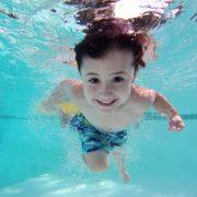 Jaké vybrat podsvícení bazénu