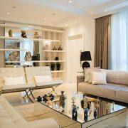 Moderní bydlení začíná barvami a končí nábytkem